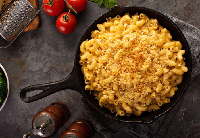 Découvrir le mac and cheese dans les plats américains