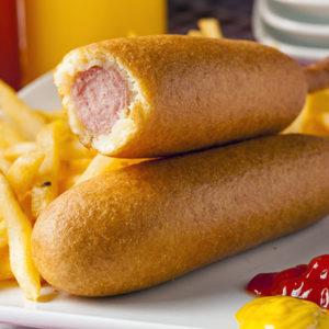 Corn dog, une saucisse frite sur un bâton