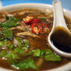 Déguster une soupe Laksa