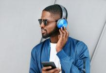 Écouter des podcasts en anglais
